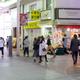 氏名を公表された男性が客引き行為をしていた虎屋横丁周辺。=25日午後7時すぎ、仙台市青葉区一番町4丁目