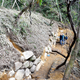 飯盛城跡から見つかった石垣(2018年11月25日午前11時55分、大東市教育委員会提供)