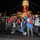 元日の国旗掲揚式に参加する若者たち=2020年1月1日、台北市