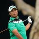 男子ゴルフ米国ツアーのメジャー第3戦、第121回全米オープン選手権2日目。7番でティーショットを打つ松山英樹(2021年6月18日撮影)。(c)Sean M. Haffey/Getty Images/AFP