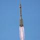 中国が有人の宇宙船の打ち上げに成功 同国最長3カ月滞在予定