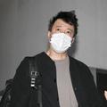 午前6時ごろ加藤は寝グセをつけたまま自宅から姿を現した。大粼