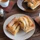 【ふたりで作るおしゃべりごはん】秋の果物を堪能!ふたりで作るスイーツパイ