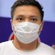 帰国を拒み、日本政府に保護を求める意向を表明したミャンマー代表のピエリアンアウン選手=2021年6月17日午前0時18分、関西空港、西岡臣撮影