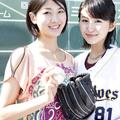 元近鉄の内野手・新井宏昌の娘さん。寿枝(姉・右)と貴子(妹・