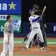 <D・神>9回2死二塁、代打・大和は藤川から左越え2ランを放つ(撮影・大森 寛明)
