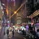 ハゲ先生は現在は香港で暮らし、再びビリオネアになるべくチャート研究に余念がない