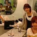 左より荘口彰久、高樹千佳子、星村麻衣