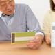 「老後資金2000万円必要」問題が注目されていることで、多くの人が老後資金形成に関心を持つようになるのでしょうか? Photo:PIXTA
