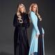 多方面で活躍中のパリス(右)と家庭的な妹のニッキー(画像は『Paris Hilton 2021年2月26日付Instagram「Feeling chic AF with my sis @NickyHilton.」』のスクリーンショット)