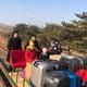 封鎖中の北朝鮮からロシアの外交官と家族が手押しトロッコなどを使って越境/Russia MOFA