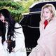 22日午後、ソウル汝矣島KBS別館で開かれた『対国民トークショー アンニョンハセヨ』の収録のためスタジオ入りしているTWICEのモモ(左)とダヒョン。