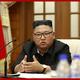 朝鮮労働党中央委員会政治局会議を司会した金正恩氏(2020年9月30日付朝鮮中央通信より)
