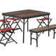 ヴィンテージ感ある木目テーブル&チェアで雰囲気よく外遊び