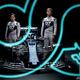 アルファタウリの2021年の新車「AT02」の発表会に臨む角田裕毅(左)とピエール・ガスリー。Red Bull Media House提供(2021年2月15日撮影)。(c)Joerg Mitter / Red Bull Content Pool / Red Bull Content Pool via AFP