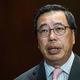 記者会見する香港立法会(議会)の梁君彦議長=2016年11月、香港(AFP時事)