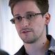香港で英紙ガーディアンのインタビューに応じるエドワード・スノーデン容疑者(2013年6月6日撮影、同10日提供)。(c)AFP=時事/AFPBB News