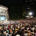 閃光ライオット2012の会場に集まったティーンエイジ