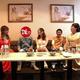 美人おネエの店で大はしゃぎする浜田雅功(右から3人目)と相方(同5人目)〈写真提供:MBS〉