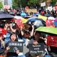 香港を支援するため台湾の立法院前で開かれた集会=2019年6月16日午後2時49分、台北、西本秀撮影