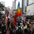 新宿のデモ。