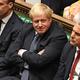 英議会下院で行われた欧州連合離脱案をめぐる審議に出席したボリス・ジョンソン首相(中央)。英議会提供(2019年10月19日撮影)。(c)AFP=時事/AFPBB News